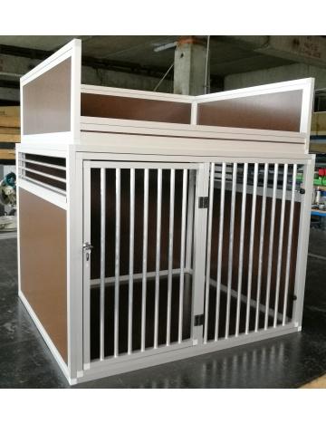Duże pudełko transportowe dla psów z pojemnikiem